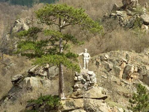 Споменик ибарским јунацима