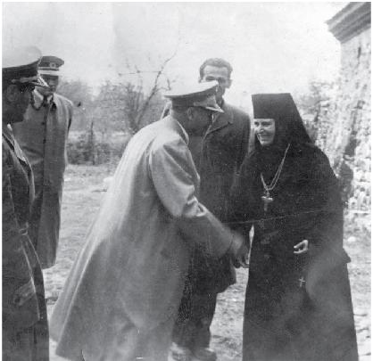 Тито у Манастиру Жича 1951. године